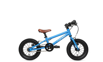 "Cleary Gecko 12"" (Freewheel)  The Cleary Gecko is a great first pedal bike for kids. Toddlers aged 2 to 4 will amaze you with what they're capable of riding on this lightweight  bike for boys and girls.  Roll to school or pedal on a trail - the Gecko will take you there safely and smoothly."