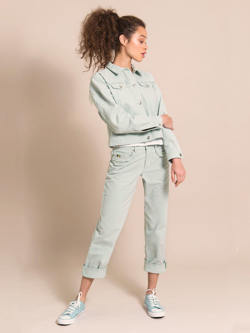 Girl wearing a denim set in light blue