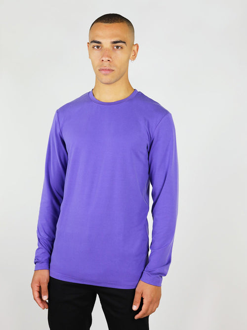 The men's long sleeve tee comes in purple and has regular fit. It has long sleeve and crew neck, also made from soft, heavy weight materials to keep you warm.