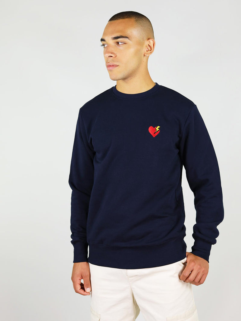 Made from 100% organic cotton with regular fit, the navy heart organic sweatshirt has comfortable fit, ideal of everyday wear.