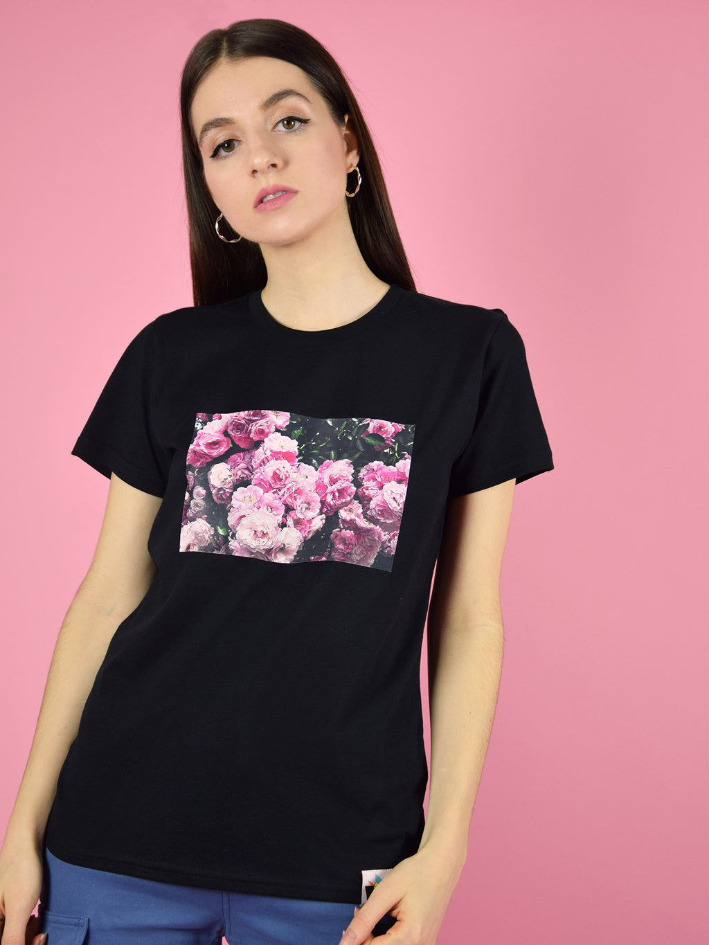 Blonde gone rogue's rose garden organic cotton tee in black is a soft touch, regular fit t-shirt with a nice, colourful block print of a rose garden.