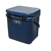 Load image into Gallery viewer, Yeti Roadie 24 Hard Cooler Navy 3