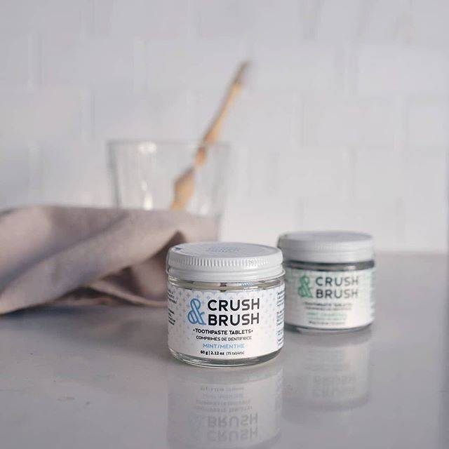 Nelson Naturals Crush & Brush Mint Charcoal