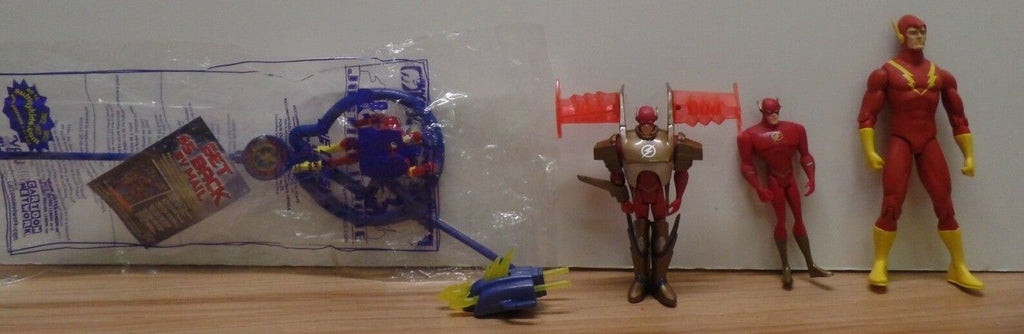 "Flash Lot of 4 Figures & One Collectible Straw DC 4"" - 6"" 102318DBT3"