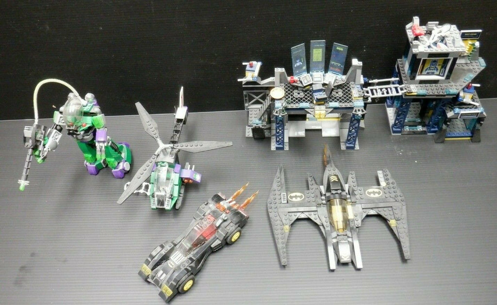 Lego Batman & Joker Lego Set Lot of 5 Batcave Batmobile Joker-Copter Batwing