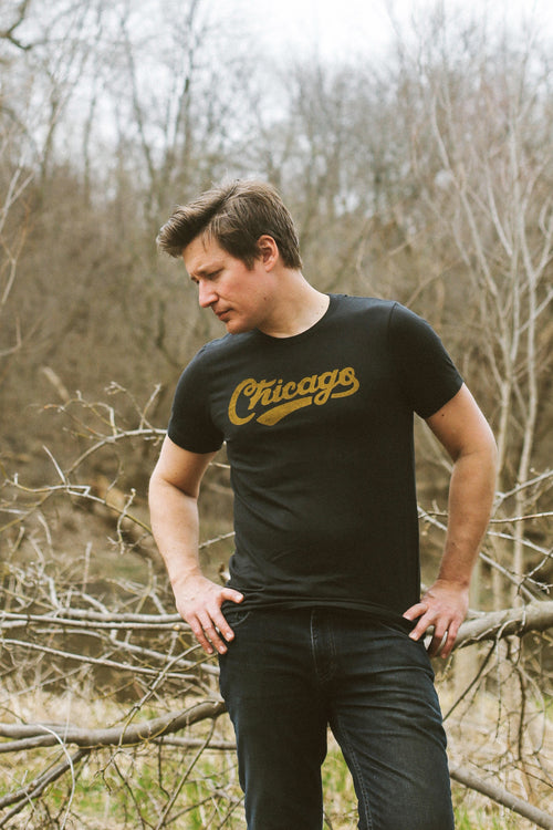 Chicago Retro Club Script Vintage Black Unisex T-Shirt