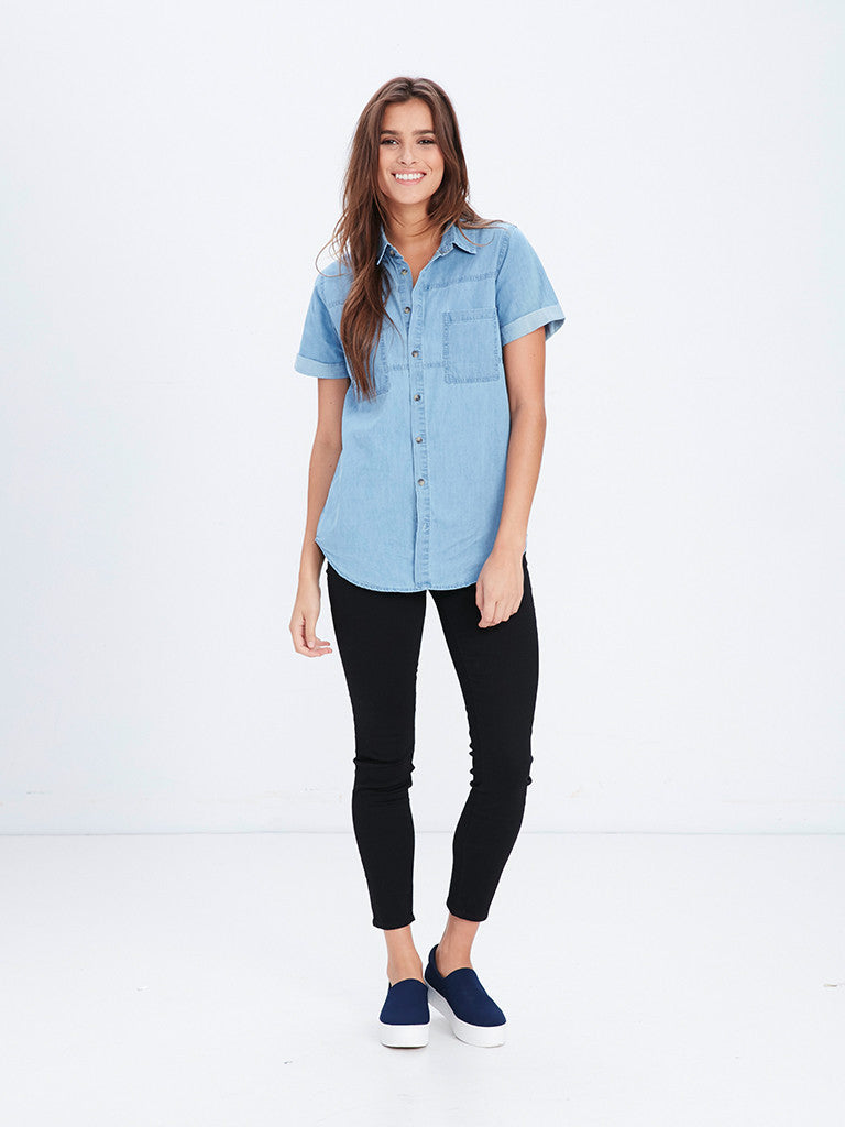Reckless Girls Womens - Tops - Shirts / Blouses Dawn Button Up