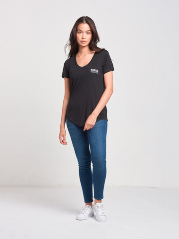 Reflect Scoop Neck Tee- Black