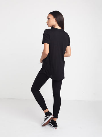Slanted Long Scoop Tee - Black