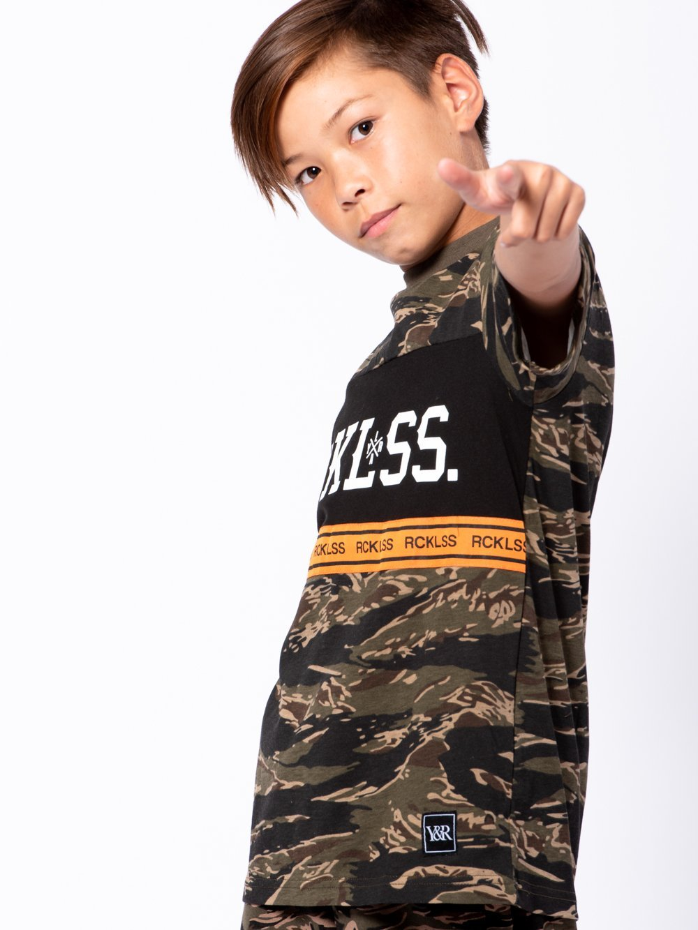 Young and Reckless Boys Youth - Tees - Graphic Tee Youth Lane Change Converge Tee - Camo Green