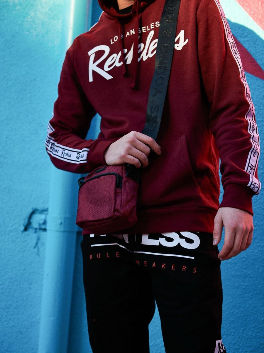 Young and Reckless Mens - Core Shoulder Bag - Burgundy