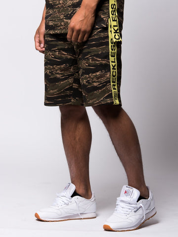 Invincible Sweatshorts - Tiger Camo