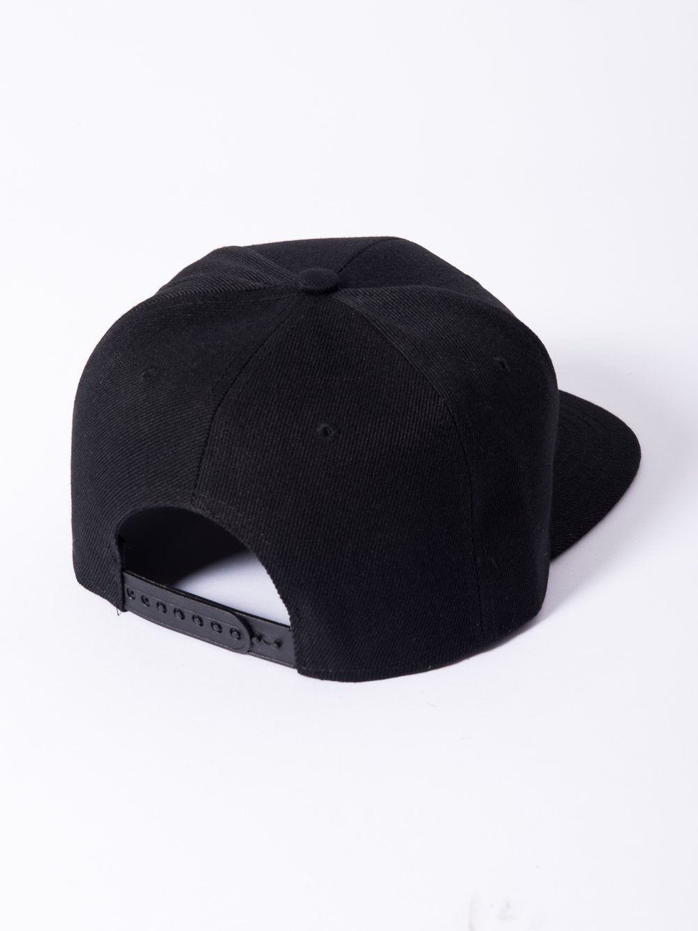 Young and Reckless Mens - Headwear - Snapback Olde R Fitted Snapback - Black/White