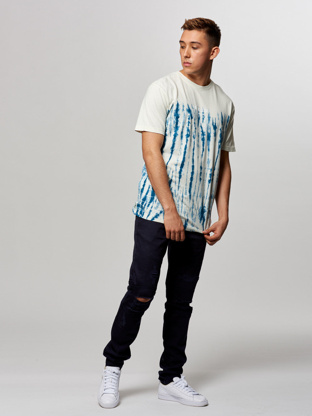 Young and Reckless Mens - Tees - Graphic Tee Classic Tee- Glacier Navy/White