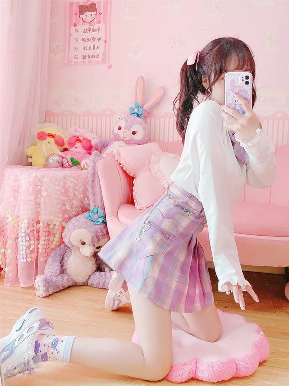Pastel Lilac Checkered Skirt With Heart Pocket