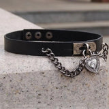 DDLGVERSE Gothic Heart Pendant COllar