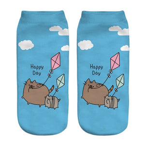 DDLGVERSE Happy Day Pusheen Socks