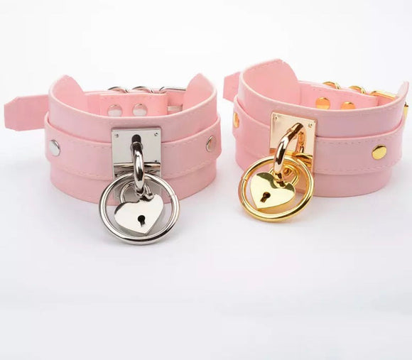 DDLGVERSE Chunky Heart Lock Collar Pink Silver Gold