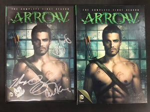 Arrow The Complete First Season *SIGNED*