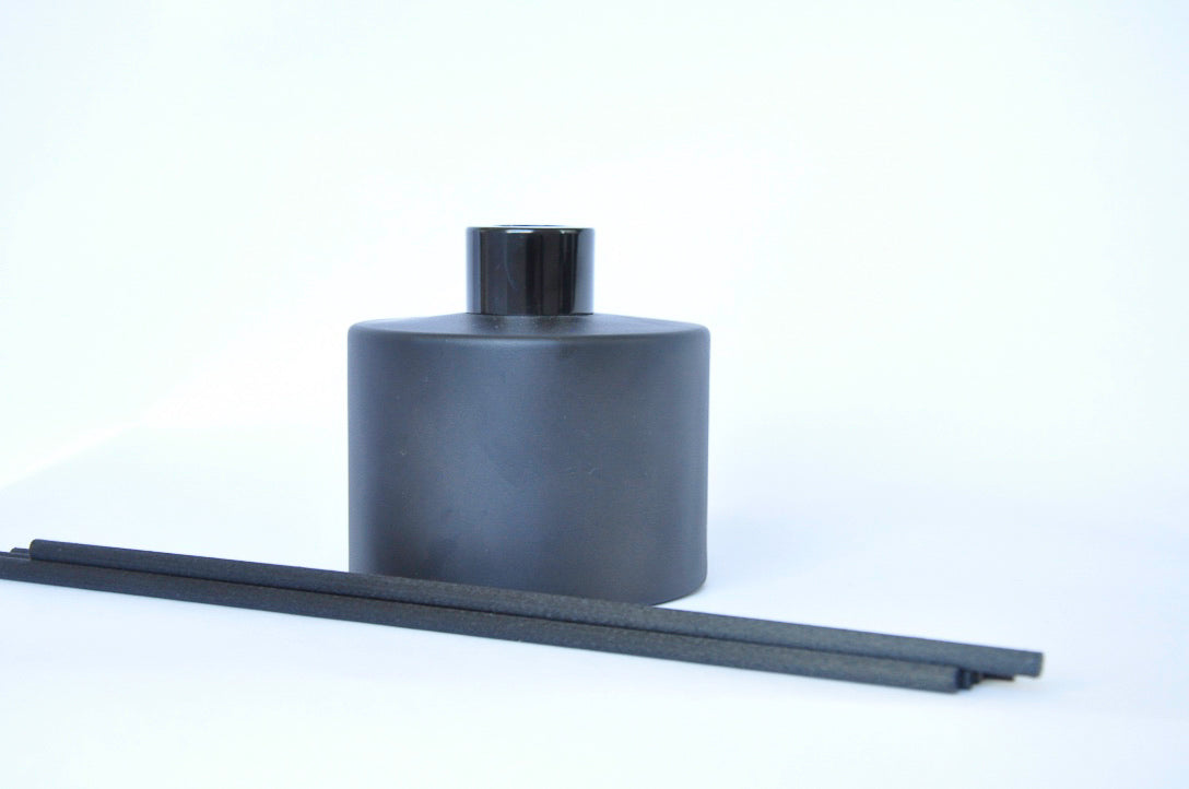 Reed Diffuser - Matte Black