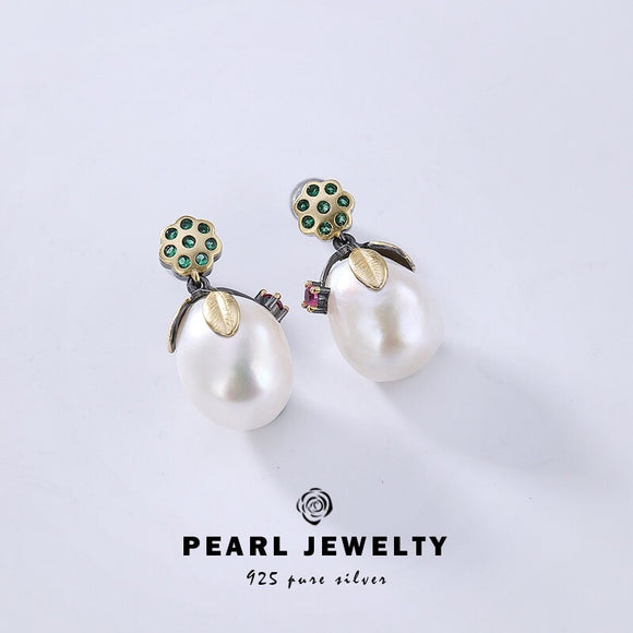 Sterling silver pearl earrings