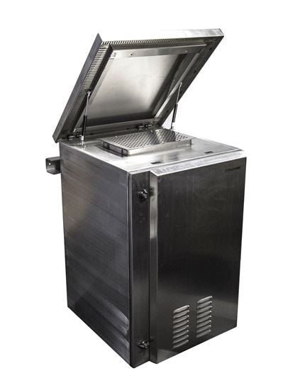 Picture of RODWSS18-400FK: DYNAMIX 18RU Stainless Vented Outdoor Wall Mount Cabinet (610 x 425 x 915mm). SUS316 Stainless Steel Construction. IP45 rated. Supplied with dual extractor fans & input/output air filters.