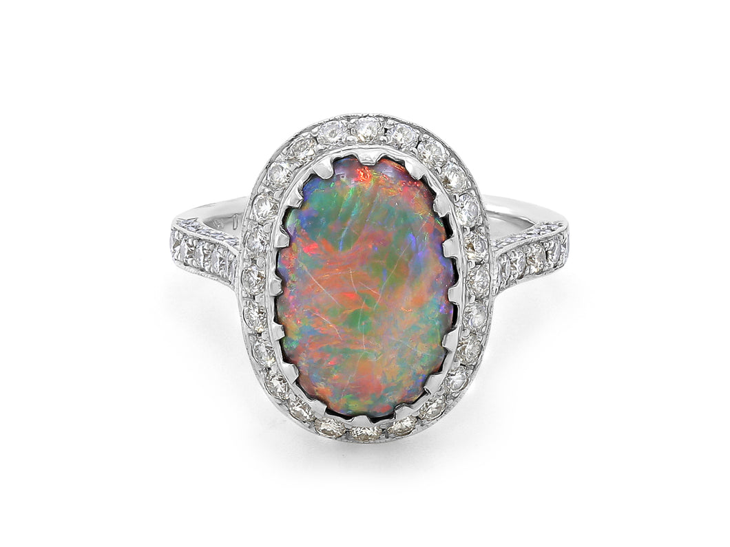 Kazanjian Opal, 3.33 carats, Ring in 18K White Gold