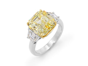 Kazanjian Fancy Intense Yellow Diamond, 8.17 carats, Ring in Platinum & 18K Yellow Gold
