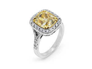 Kazanjian Fancy Yellow Diamond, 3.85 carats, Ring in 18K White Gold & Yellow Gold