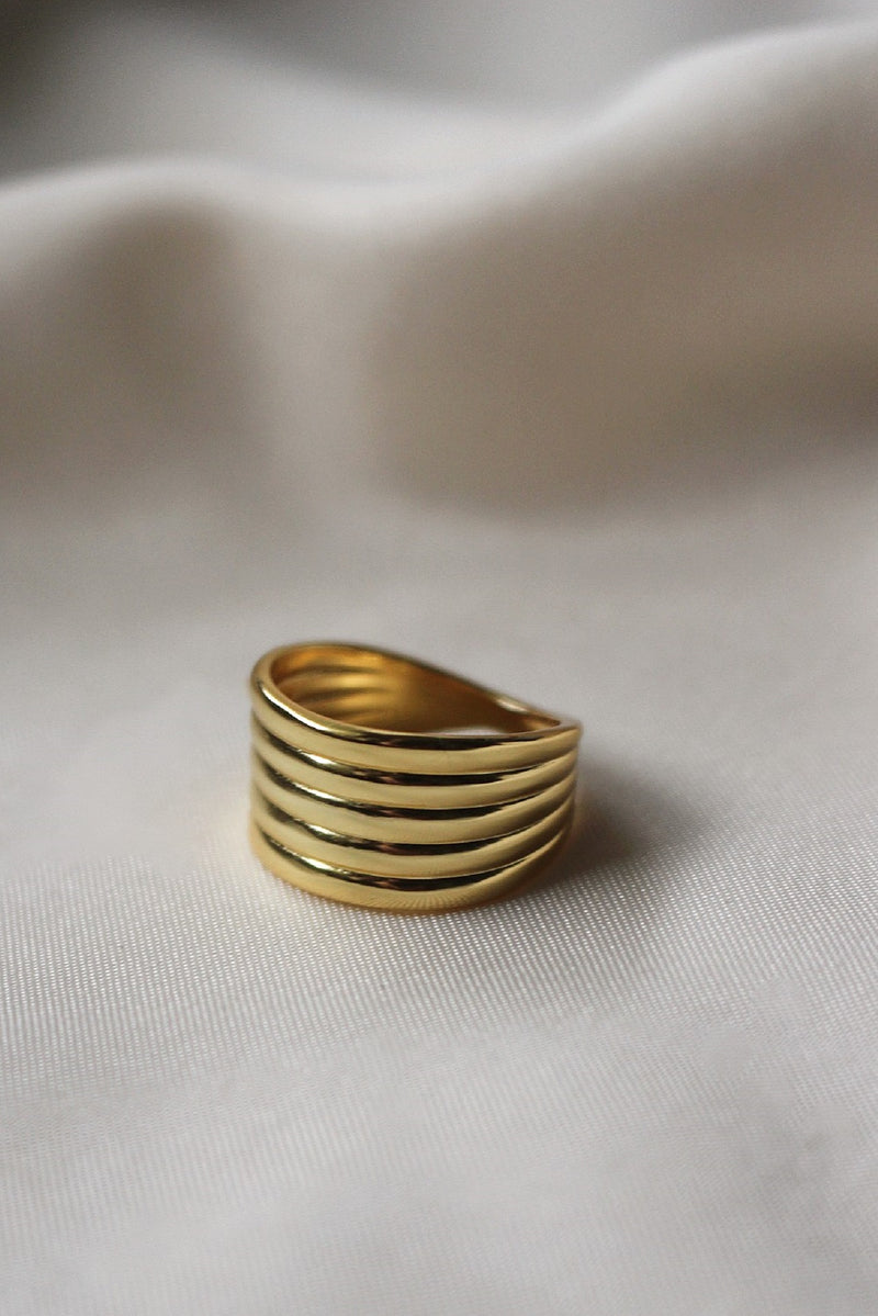18k Gold Twist Ring
