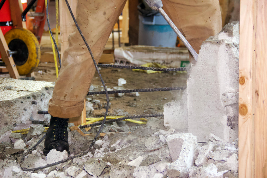 Using the jackhammer in Rigger work boots