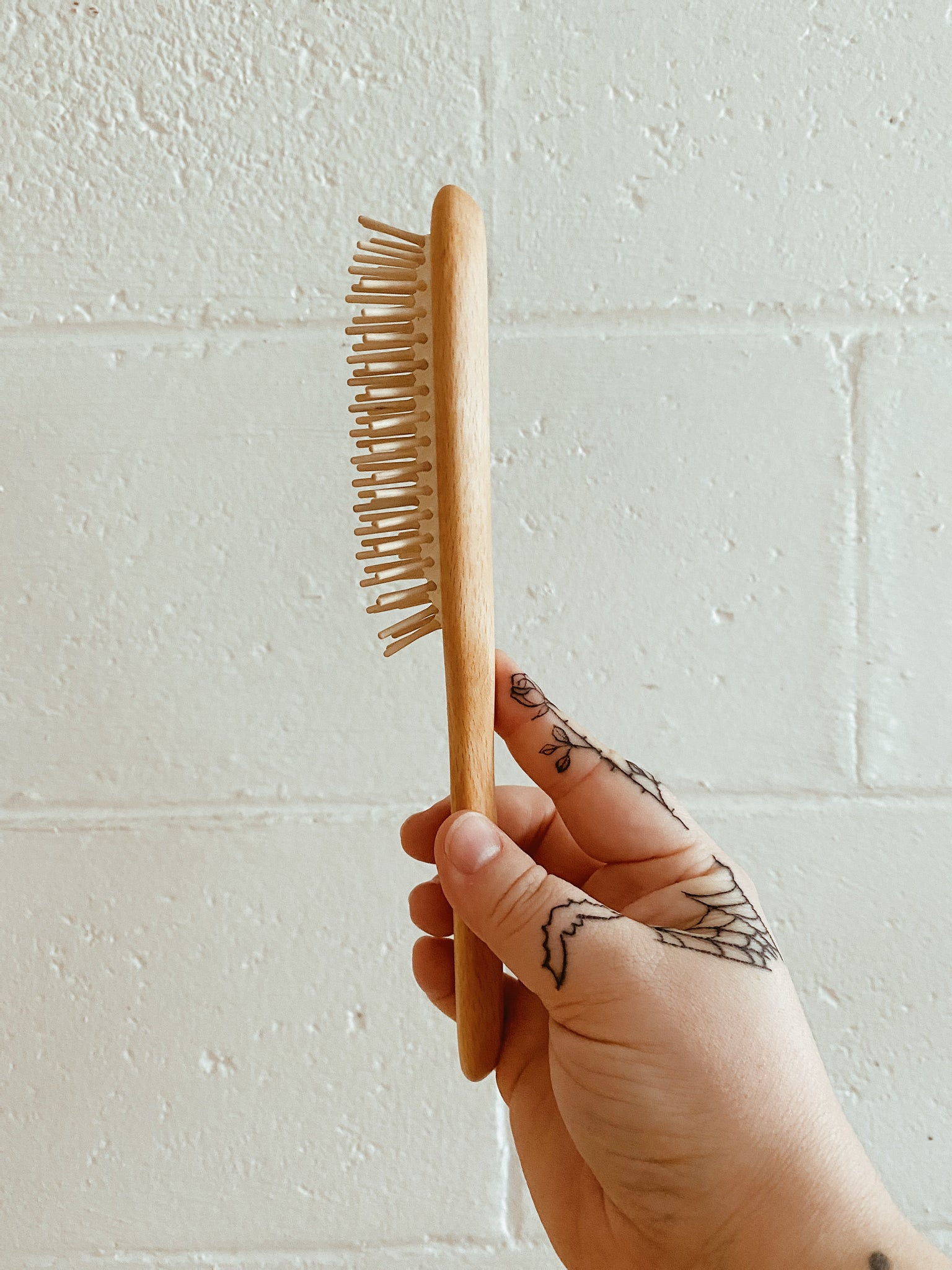 Sustainable Hair Brush by Iris Hantverk