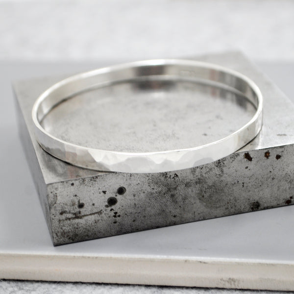 Hammer Textured Solid Bangle - Paisley Pins
