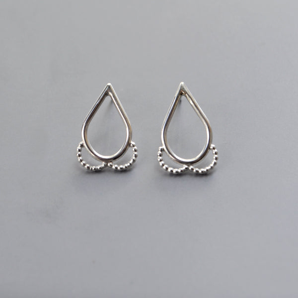 Teardrop Studs Small - Paisley Pins