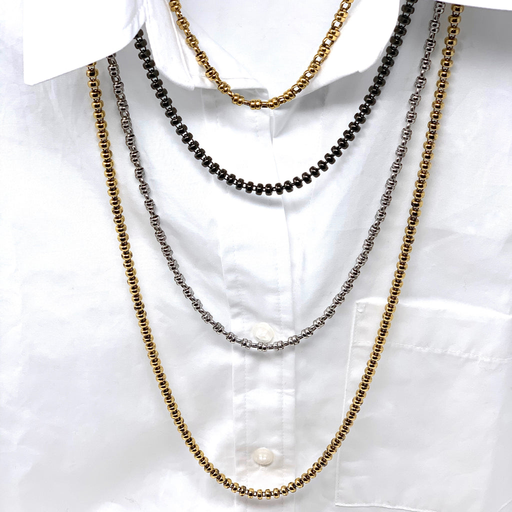 Trend alert: oversized chains