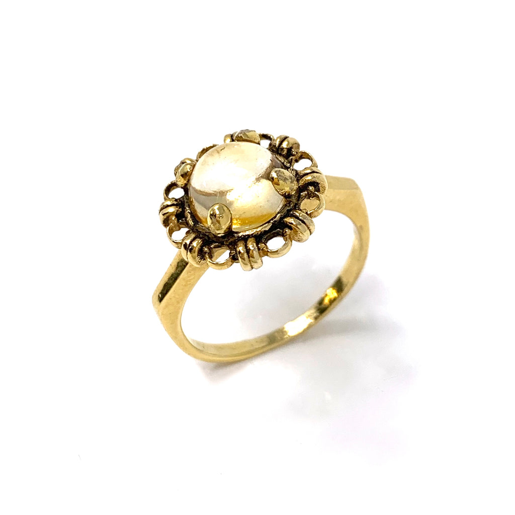 Golden Citrine Cabochon Filary Ring (8mm Antique Gold)