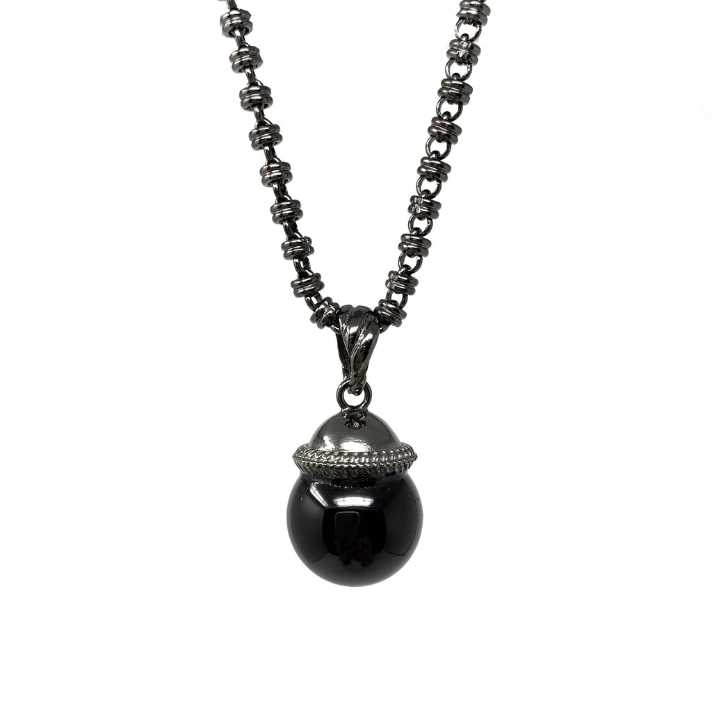 Cappellino Pendant in Black with Large Onyx