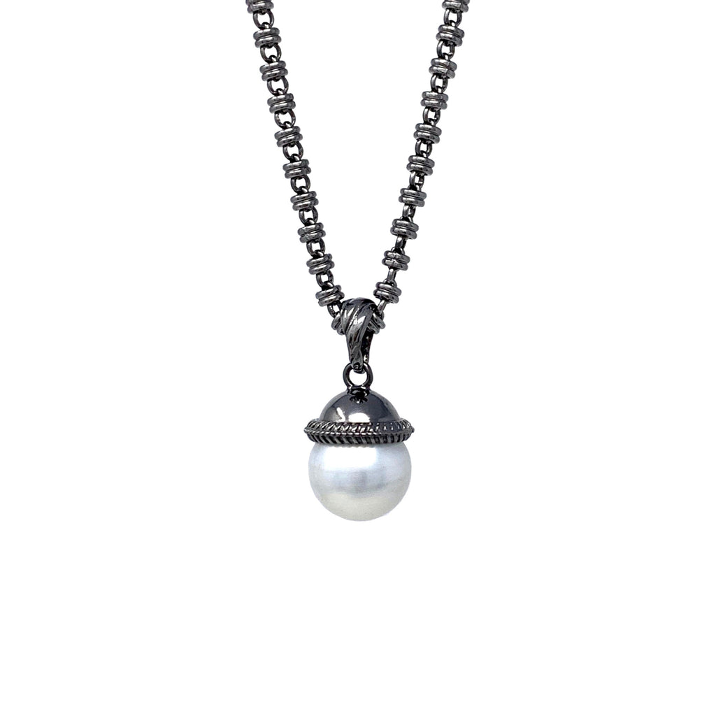Pendant Cappellino Mother of Pearl Small Ruthenium