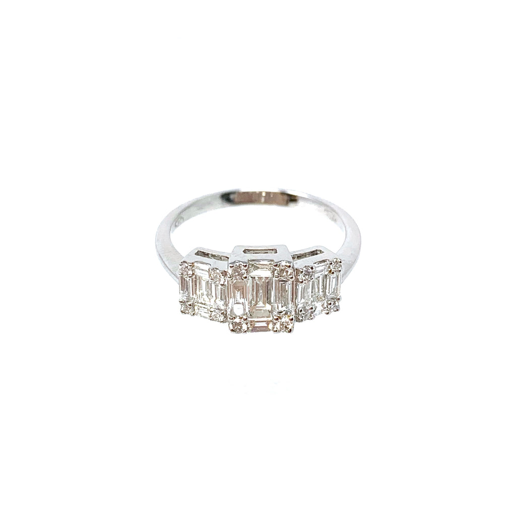 Ring 18K White Gold Trilogy Baguette Diamond 0.77ct