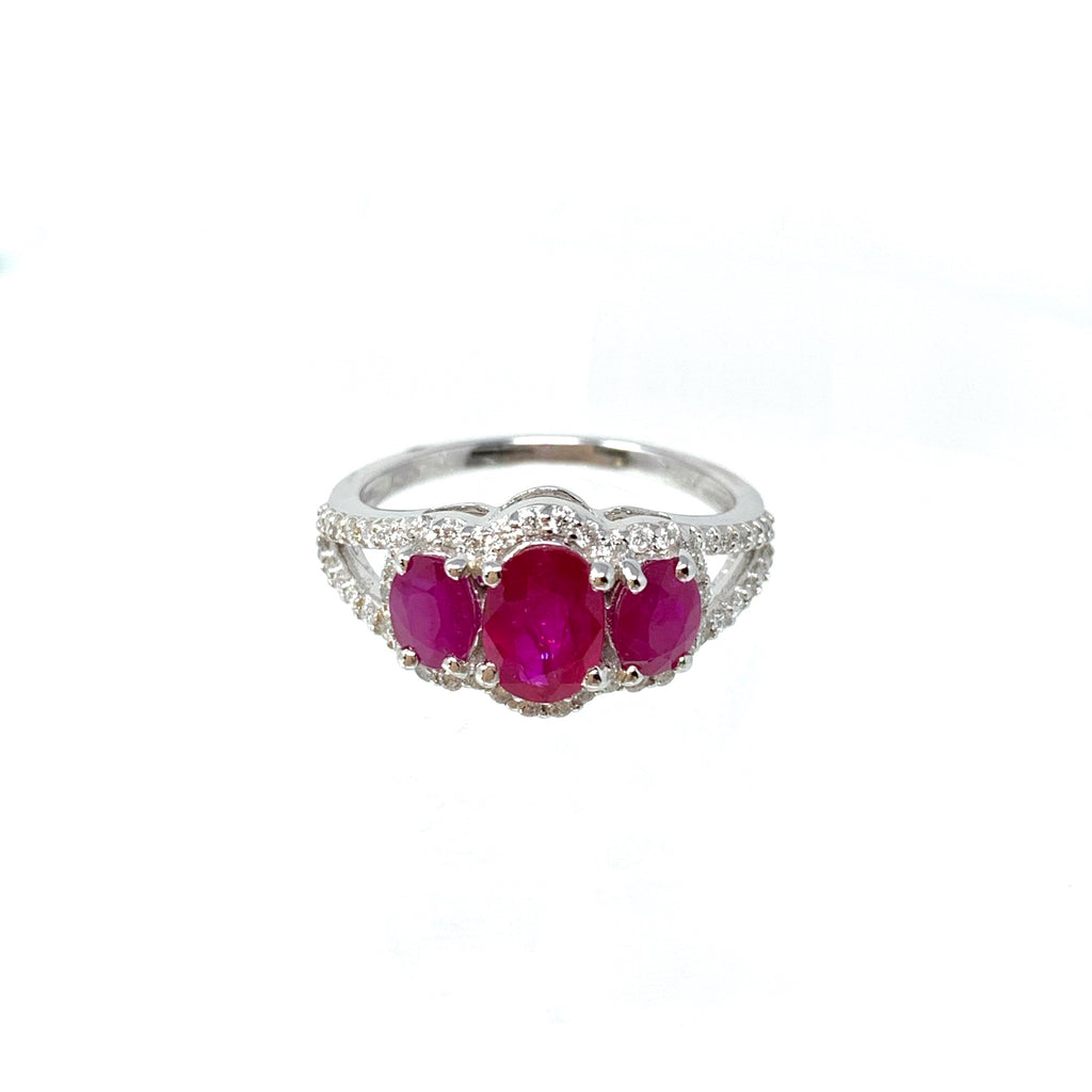 Ring 18K White Gold Trilogy Rubies 1.85ct Diamonds 0.39ct