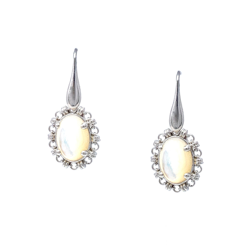 Earrings Aperitivo 14x10mm Mother of Pearl Cabochon Rhodium