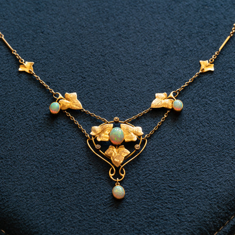 ART NOUVEAU MURRLE BENNET 15K YELLOW GOLD AND AUSTRAILIAN OPAL NECKLACE c.1910