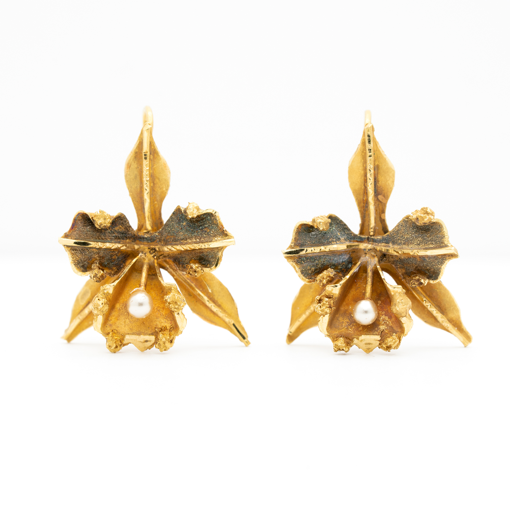 VICTORIAN 18K YELLOW GOLD, CATTLEYA ORCHID GOLD AND PEARL EARRINGS c.1880s