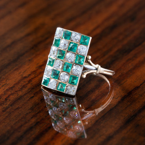 VICTORIAN 18K YELLOW GOLD and 1.8CT OLD EUROPEAN CUT DIAMOND AND 2.0CT COLOMBIAN EMERALD CHECKERBOARD PLAQUE RING c.1900