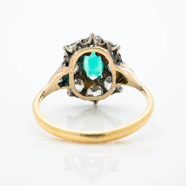 VICTORIAN 18K YELLOW GOLD AND SILVER AND 1.0CTS COLOMBIAN EMERALD and 1.50CTS OLD EUROPEAN CUT DIAMOND HALO RING c.1850s
