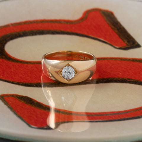 VICTORIAN 18K YELLOW GOLD AND 0.65CTS. OLD EUROPEAN CUT DIAMOND GYPSY RING c.1900