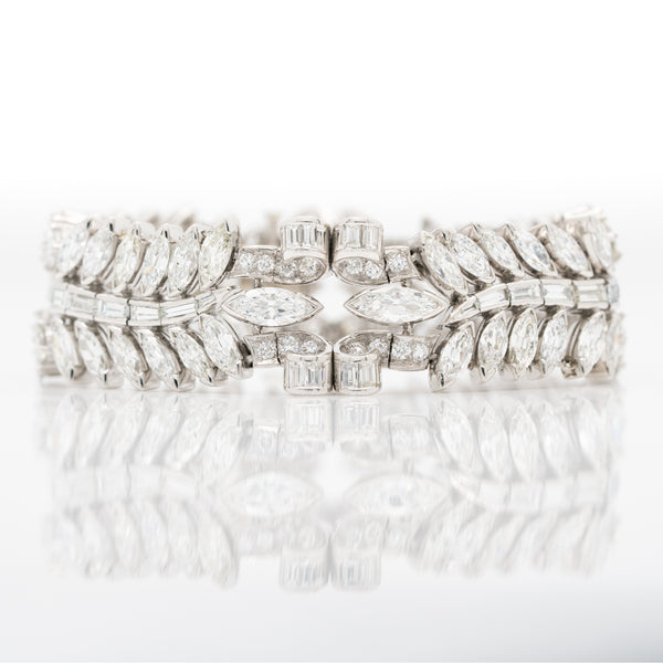 RETRO FRENCH PLATINUM AND 32.0CTS MIXED CUT DIAMOND BRACELET c.1940s
