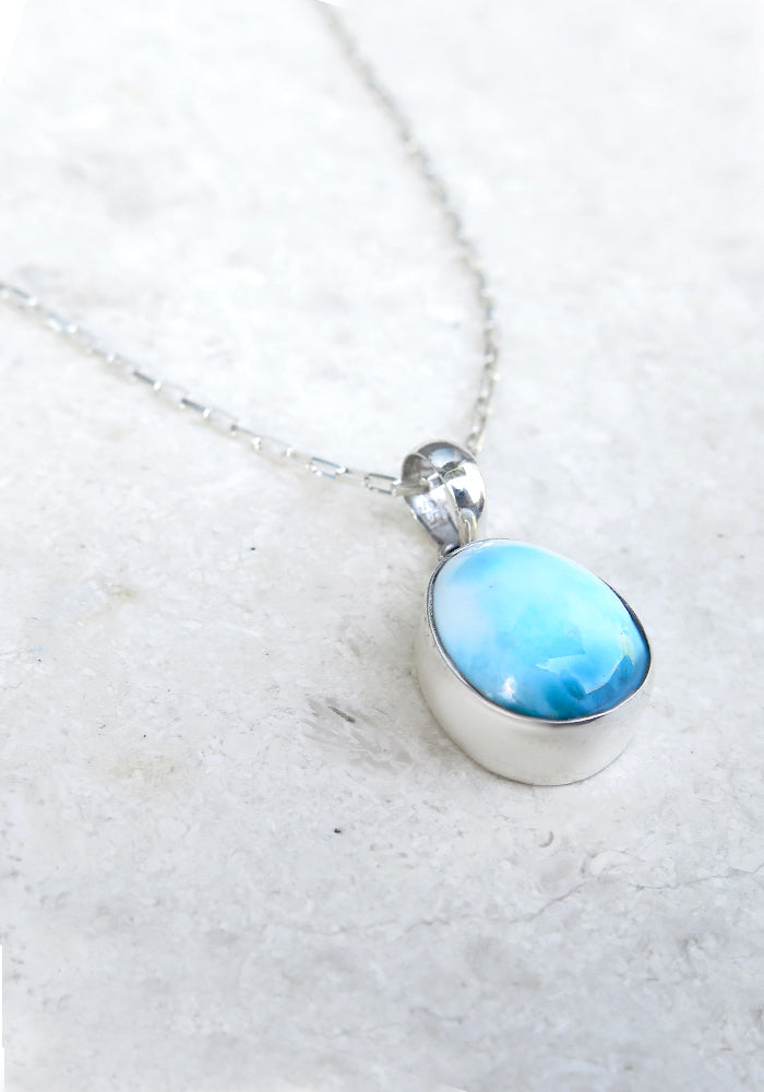 Lakiki Jewellery Simplicity Larimar Pendant Necklace with 925 Sterling Silver Chain
