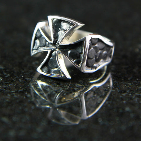 River Rock Maltese Cross Ring