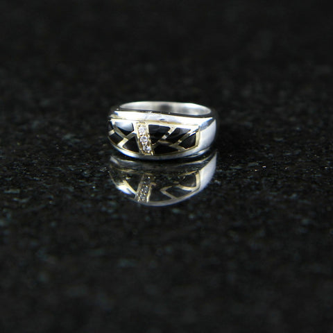 DeAcoma Small Convergence Ring with Scalloped Inlay